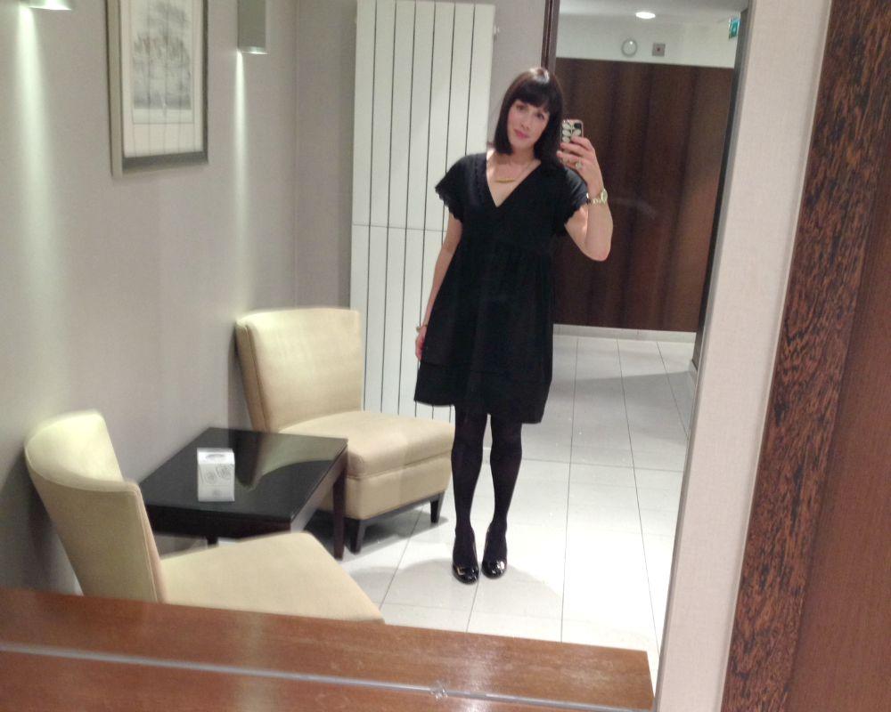 Mads mirror selfie