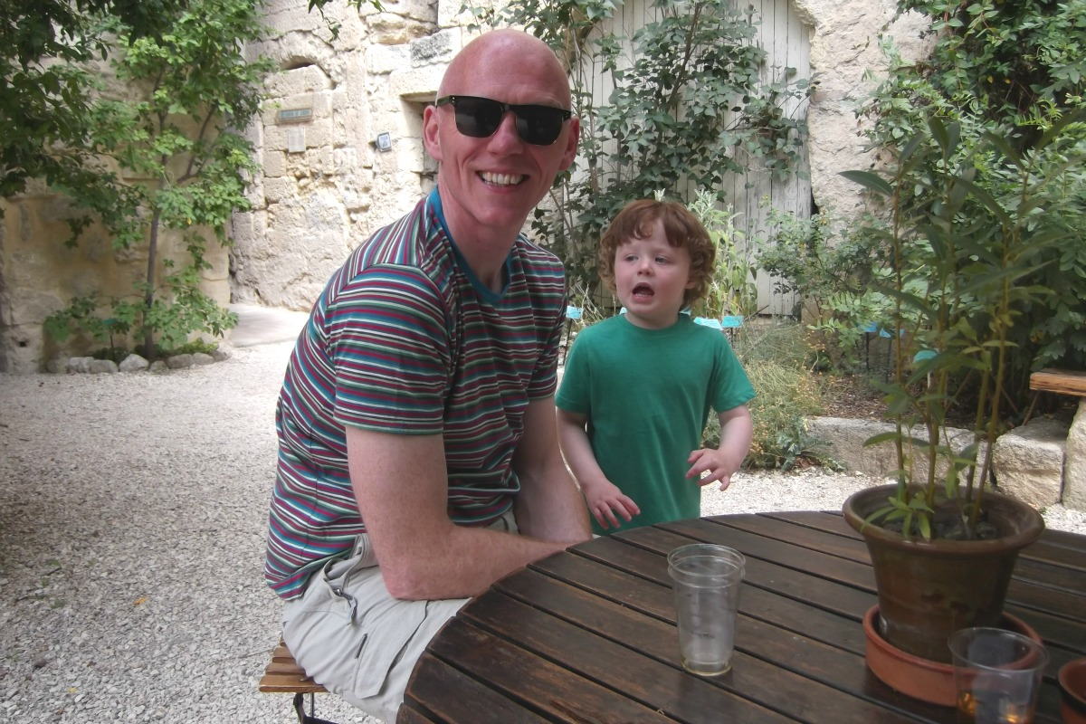 Rog and Sam in Uzes http://rainbeaubelle.com