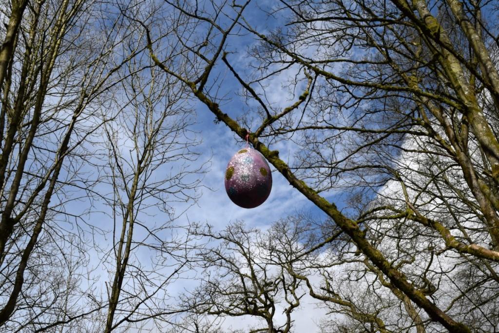 Sparkly Easter Egg