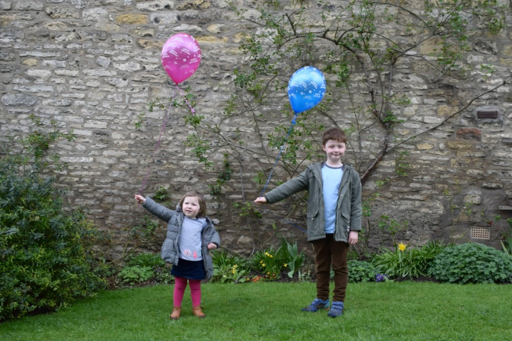 Balloons for Daddy in April http://rainbeaubelle.com