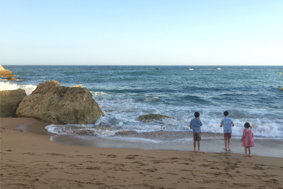 Carvoeiro beach with kids