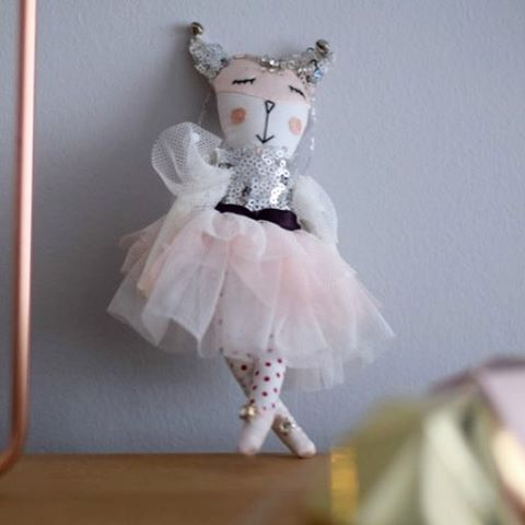 Love this little fairy kitty from anthropologie  I amhellip