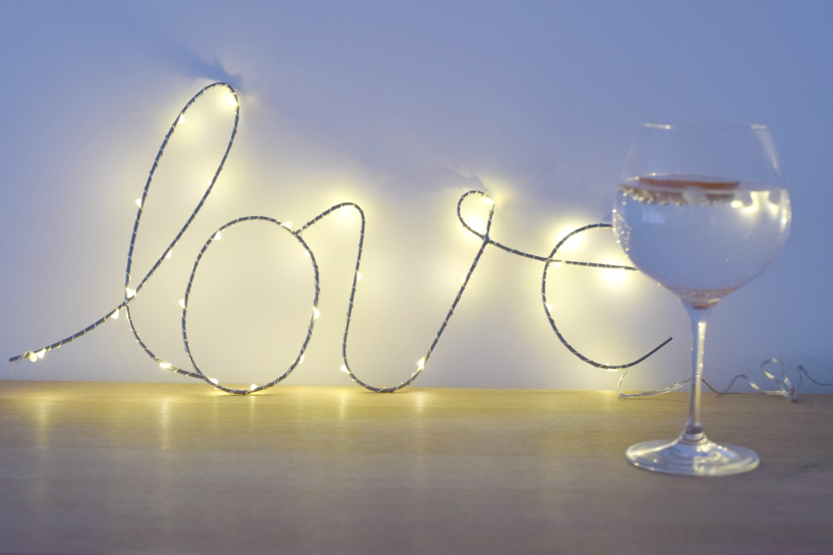Dartington gin glass with love sign