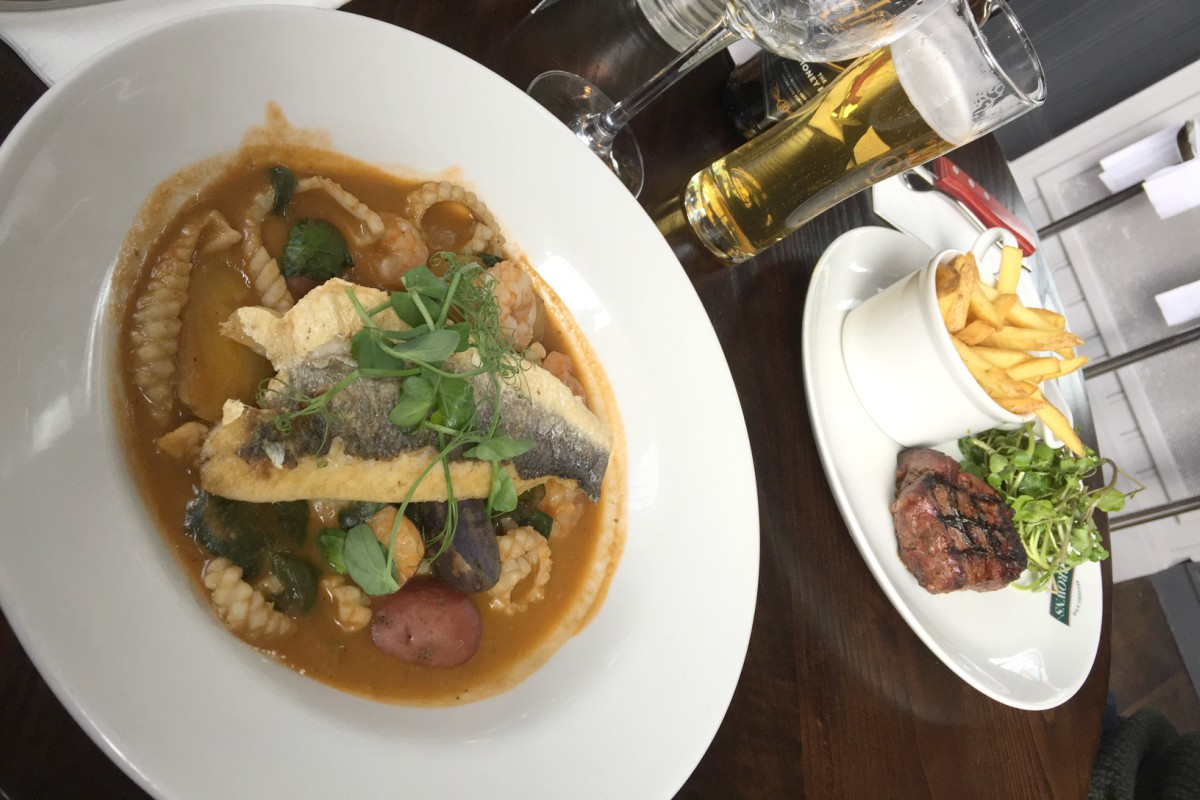 Meal at Brown's Brasserie Leeds http://rainbeaubelle.com