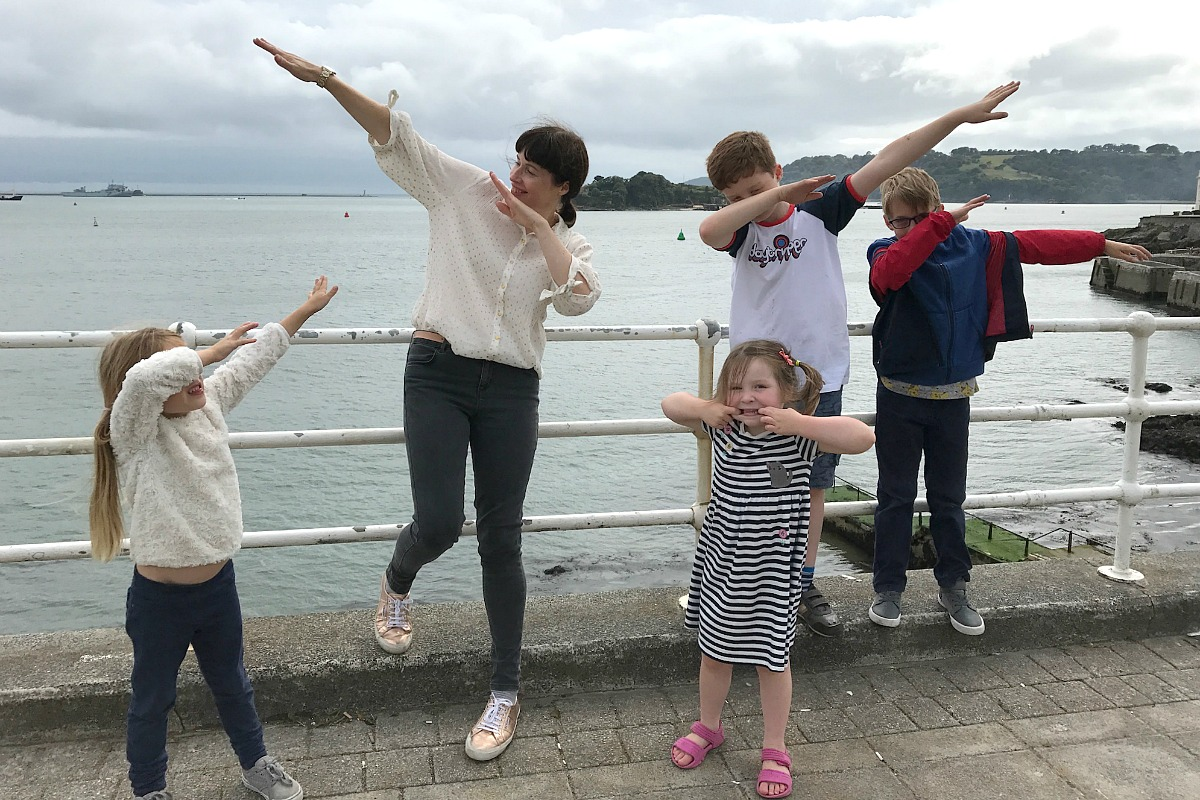 Plymouth Hoe dabbing