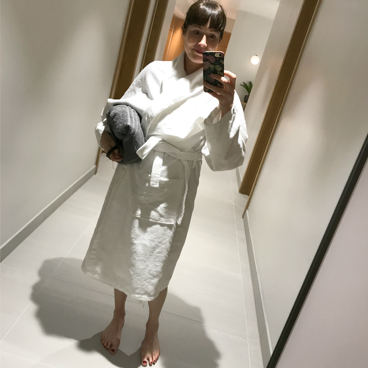 Jules in dressing gown
