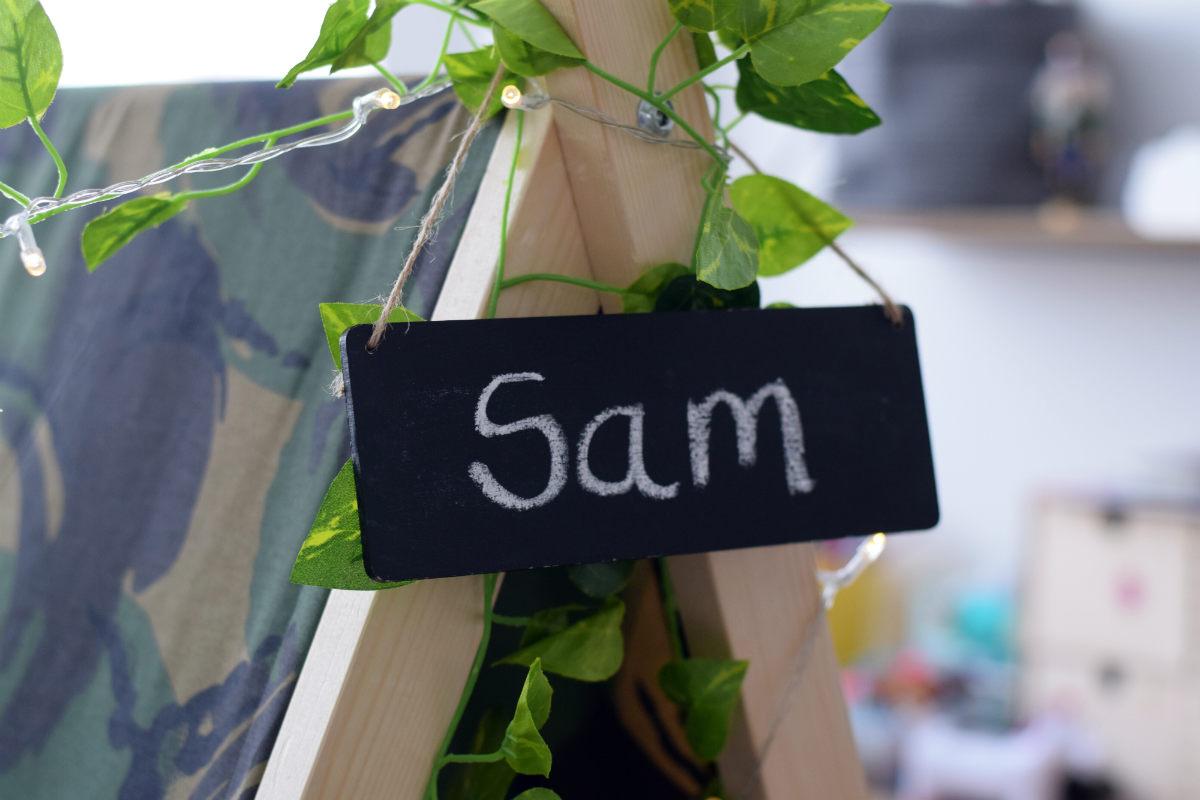 Sam sign